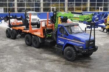 Завод спецтехники с Урала выпустил новый лесовоз на шасси Урал-NEXT